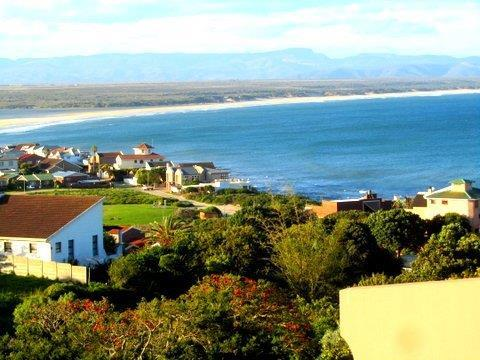 Property For Sale in Jeffreys Bay, Jeffreys Bay 1
